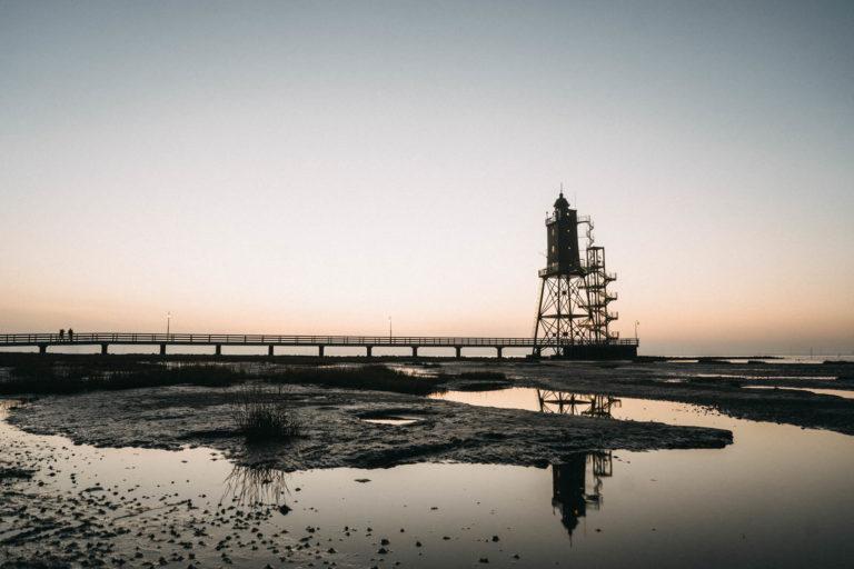Foto von Leuchtturm in Dorum im November